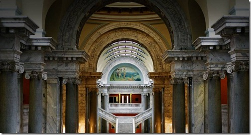 KentuckyStateCapitol_EN-US84616101